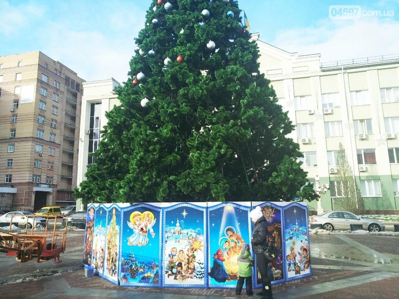 В Ірпені почали демонтаж головної ялинки міста, фото-2