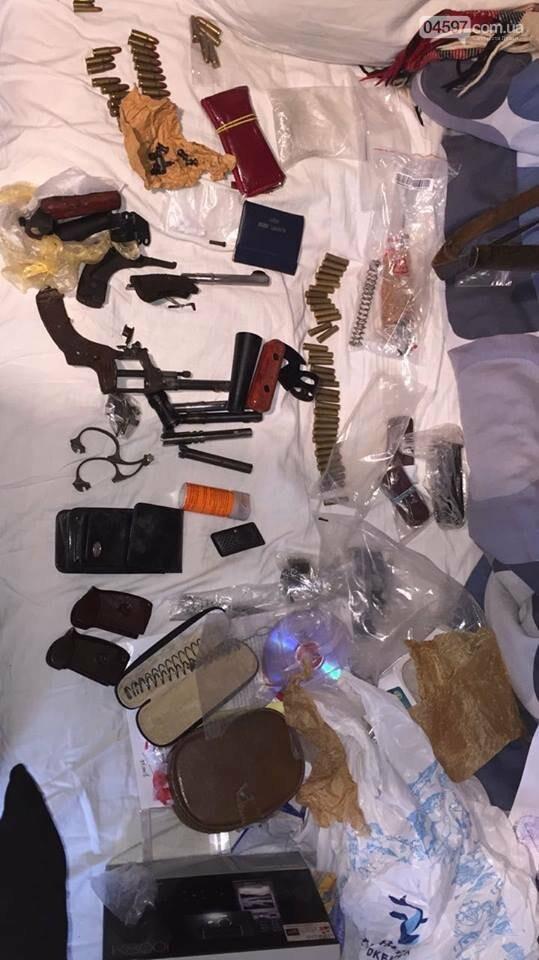 Генпрокуратура вилучила в мешканця Ірпеня арсенал зброї та боєприпаси, фото-1