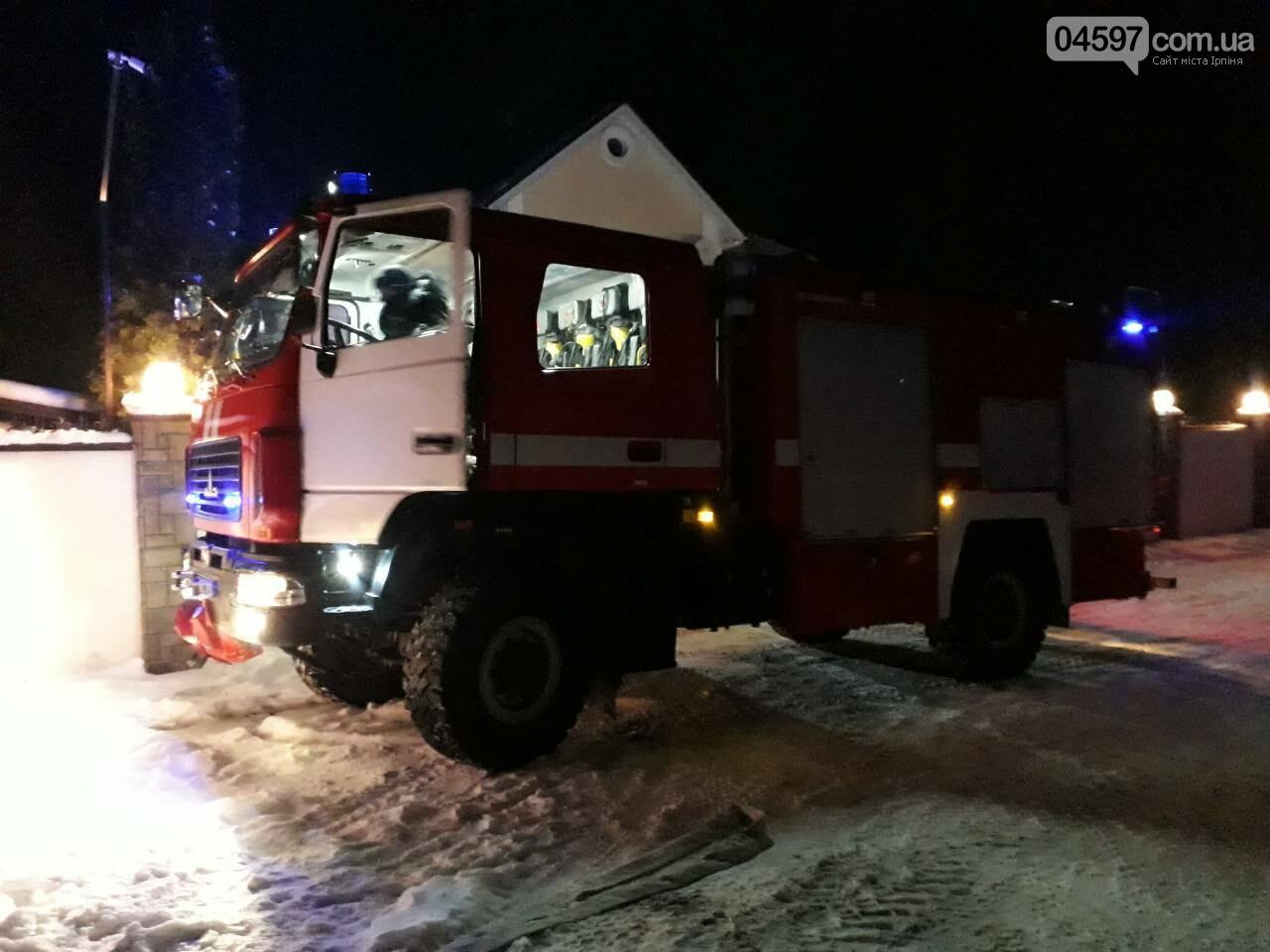 Масштабна пожежа в Ірпені: горів приватний будинок площею 400 м2, фото-2