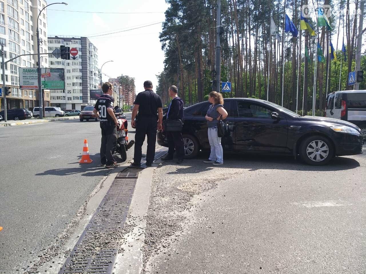 В Ірпені на перехресті з непрацюючим світлофором сталася ДТП, фото-4