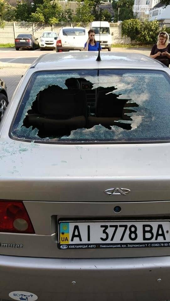 Пенсіонерка громила машини в Ірпені, фото-1