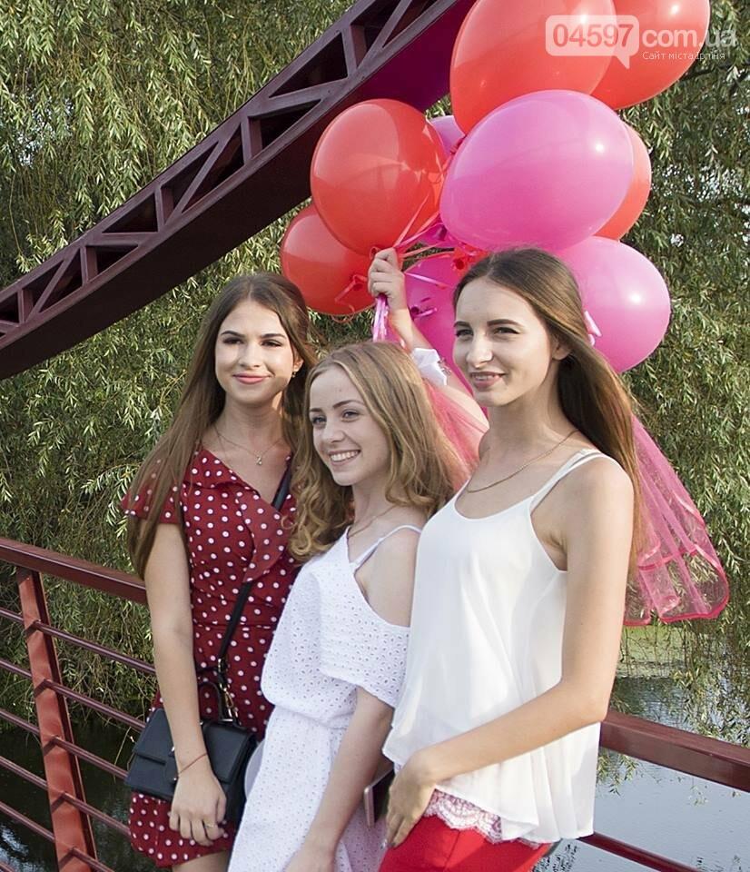 Ірпінські наречені святкують дівич-вечір на містку Незнайки, фото-7