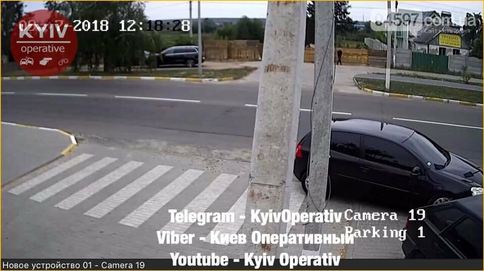 Опізнай злочинця: В Гостомелі обікрали автомобіль, фото-3