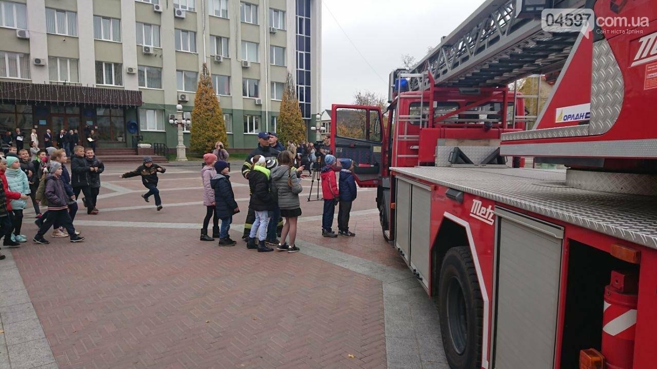 Ірпінський автопарк поповнився новим пожежним авто, фото-4
