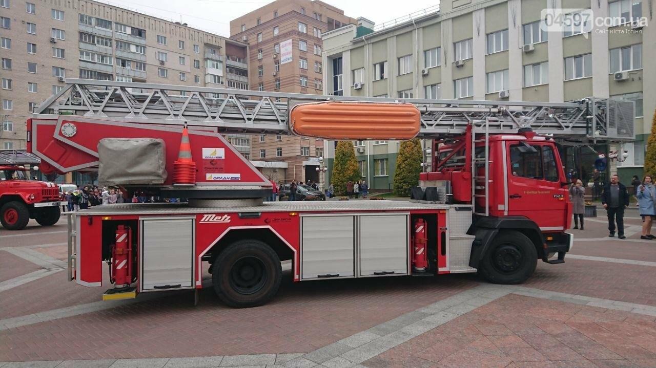 Ірпінський автопарк поповнився новим пожежним авто, фото-1