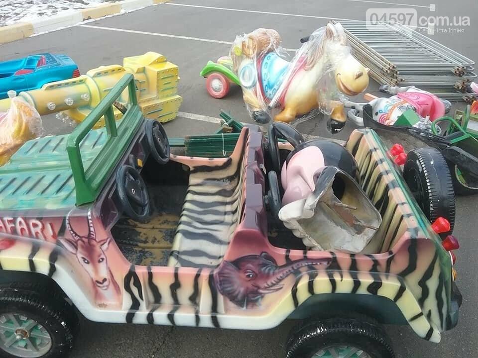 Свято наближається: в Бучі монтують казкове містечко з атракціонами, фото-4