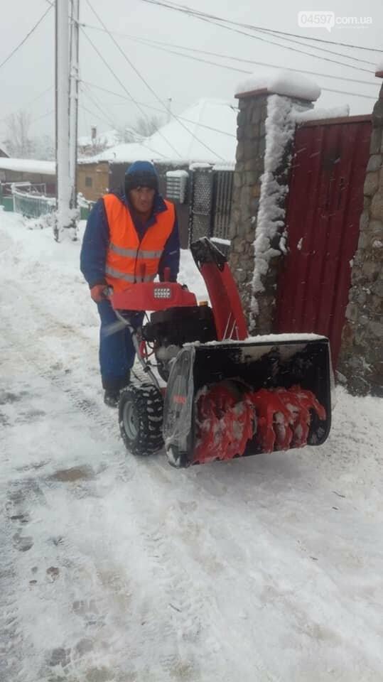 Снігова стихія: що відбувається на дорогах Ірпеня та області, фото-6