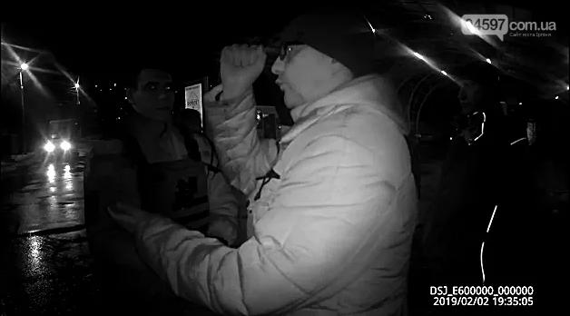 П'яного «поборника» виконання ПДР забрали до поліції за хуліганство, фото-3