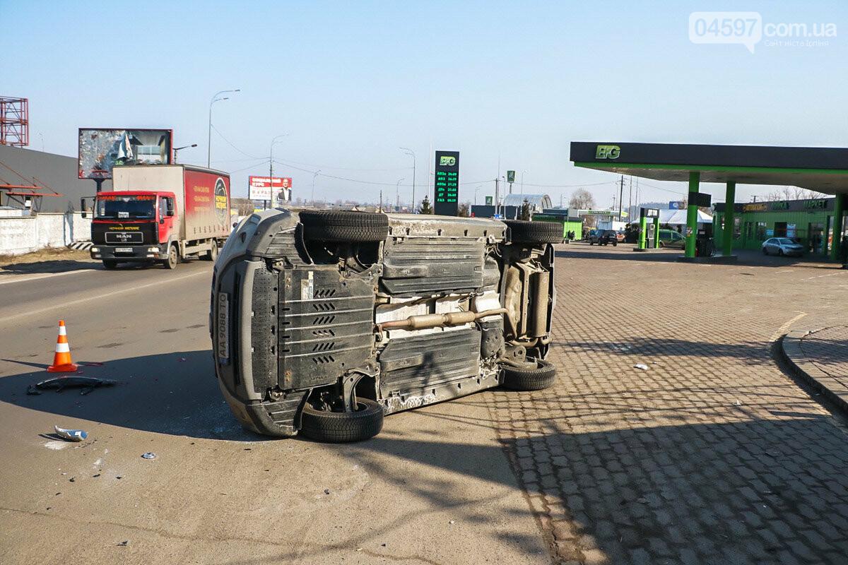 На виїзді з Ірпеня зіткнулися Audi та Suzuki: травмована жінка-пасажир, фото-6