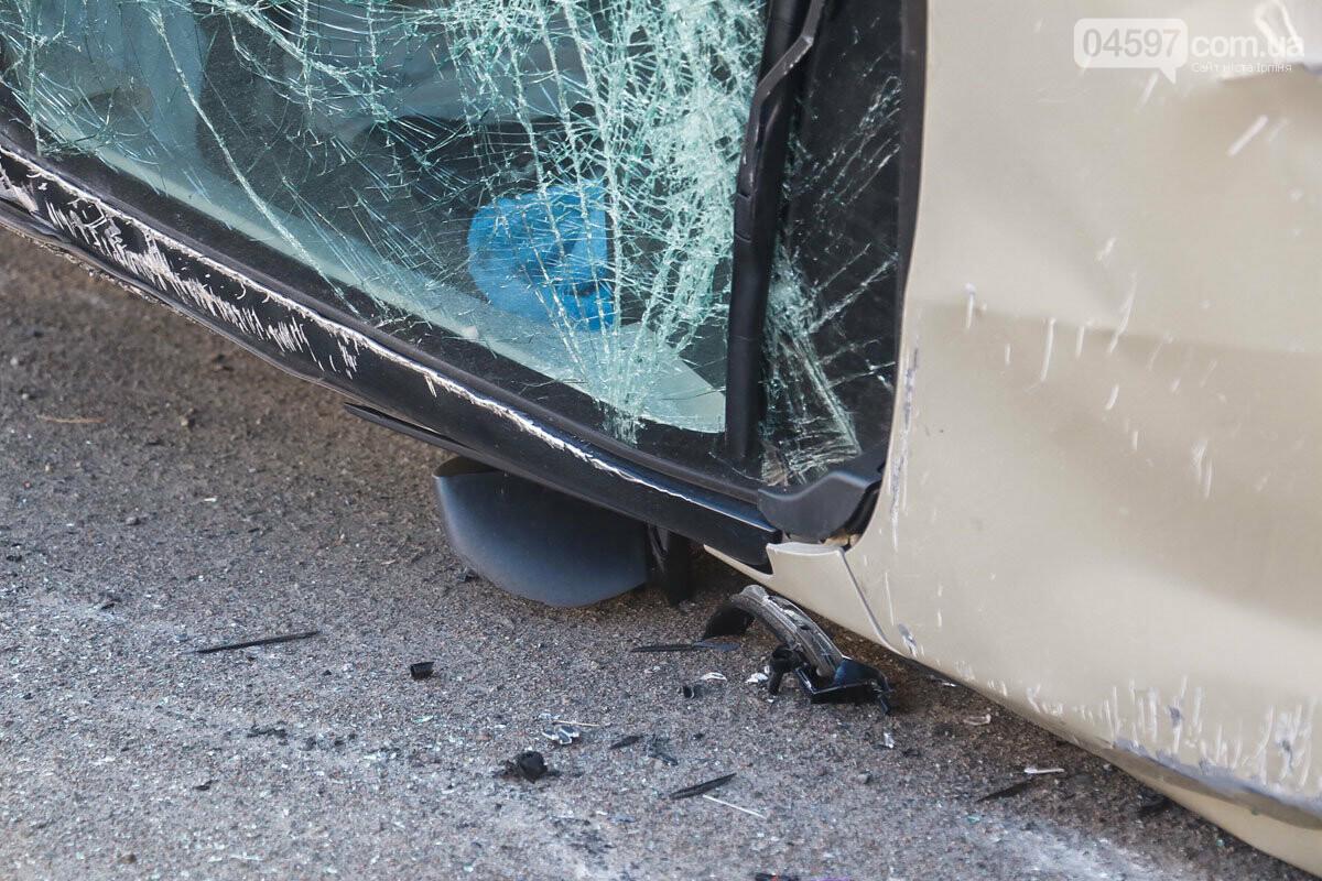 На виїзді з Ірпеня зіткнулися Audi та Suzuki: травмована жінка-пасажир, фото-1