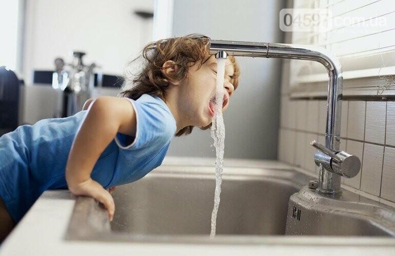 Хочеш воду - заплати: водоканал закликає вчасно сплачувати за послуги, фото-1