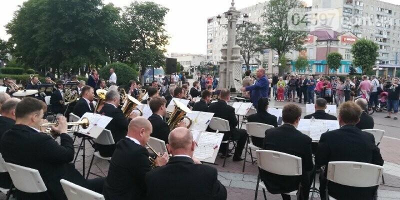 Дощ в Ірпені не завадив оркестру, фото-4
