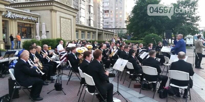 Дощ в Ірпені не завадив оркестру, фото-2