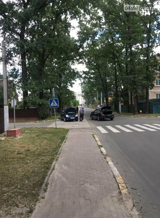 ДТП в Ірпені: зіткнулися два авто, фото-1