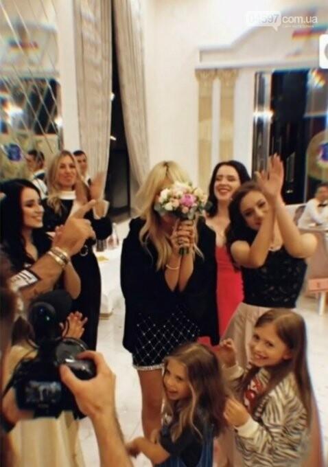 Світлана Лобода спіймала весільний букет у бучанському ресторані, фото-2