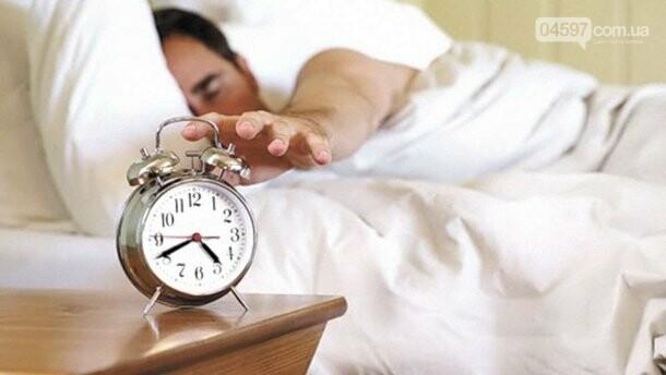 Будемо спати на годину довше: коли переводимо годинники, фото-1