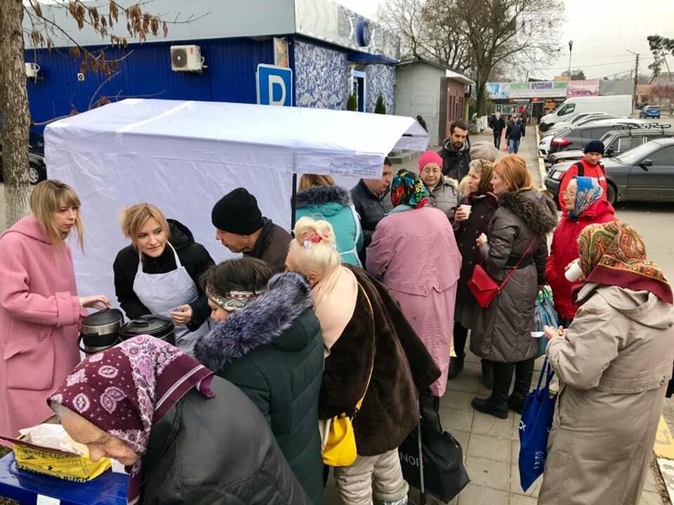 В Ірпені продовжують безкоштовно годувати пенсіонерів, фото-3
