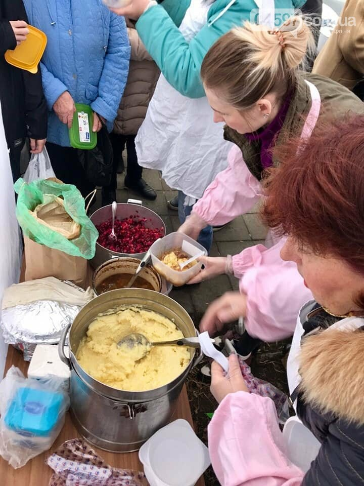 В Ірпені продовжують безкоштовно годувати пенсіонерів, фото-5