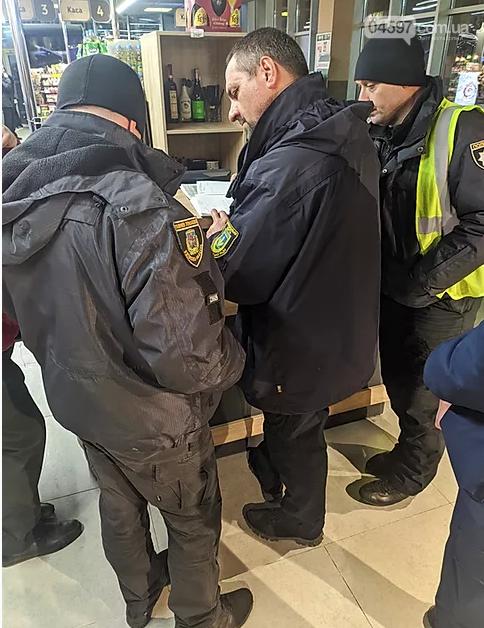 В Ірпені оштрафували 4 супермаркети за продаж алкоголю після 23:00, фото-3