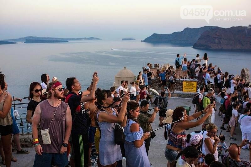 Греція та Чорногорія планують розпочати туристичний сезон 1 липня, фото-1