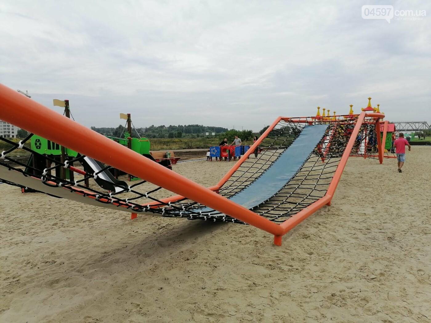 В Ірпені з'явився гігантський мотузковий атракціон, фото-1