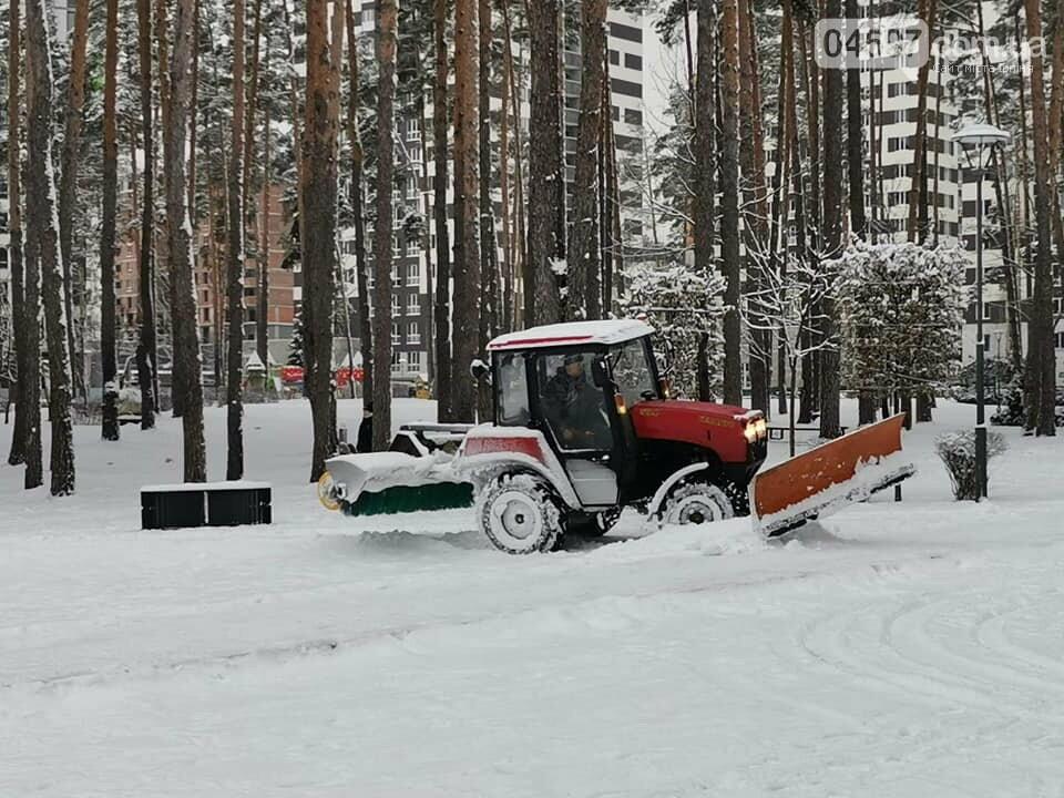 Ірпінь розчищають від снігу